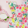 vestido-infantil-multicolorido-petit-cherie-natural-de-tricoline-floral-toque-neon-estampa